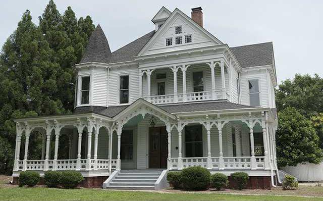 Organization Hopes To Use Green Street Home For Mentoring Young Men With Social Disorder Gainesville Times