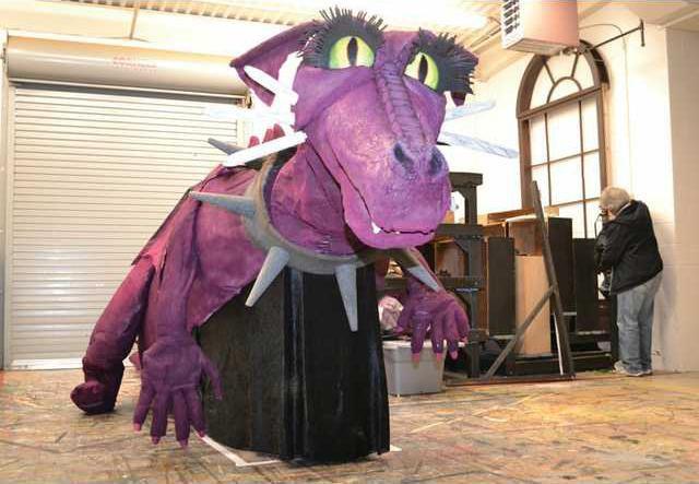 20 Foot Dragon Created By Art Student Dominates Gainesville Theater Stage Gainesville Times