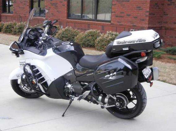 0414motorcycle.jpg