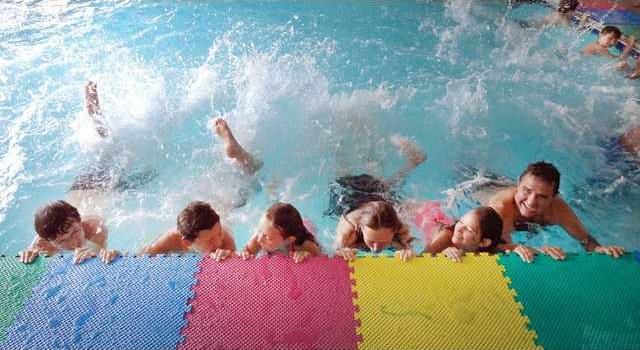 06214swim 1