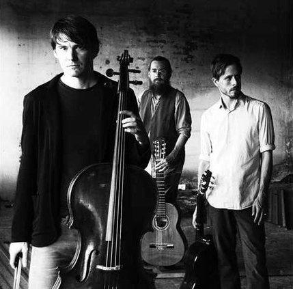 0115-GO-Revien-Trio