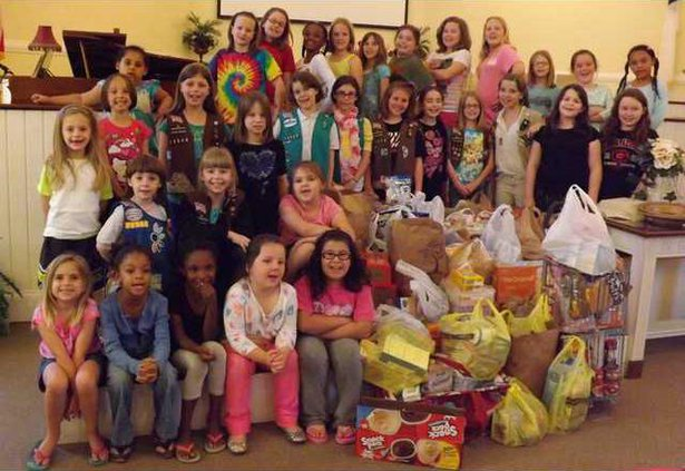 0616 GN - Girl Scout troop