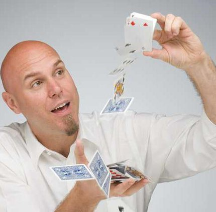 0620-GO-Atsma-magician