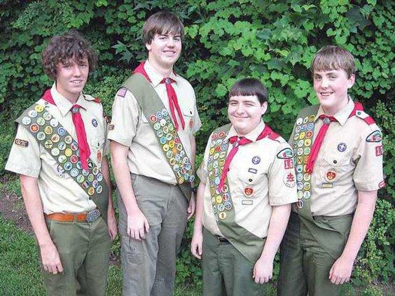 0810GoodNews-EagleScouts sj