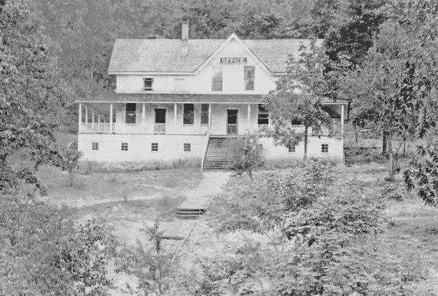 Byrd-Matthews-Office-Circa-1913WEB-