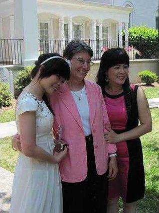 Kim Huynh Deb Kroll Huynhs mother