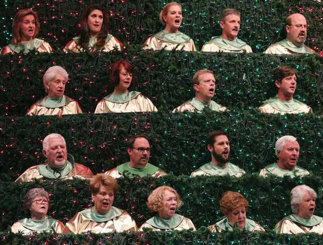 Christmas Tree comes to life Dec. 8 11 at First Baptist Church