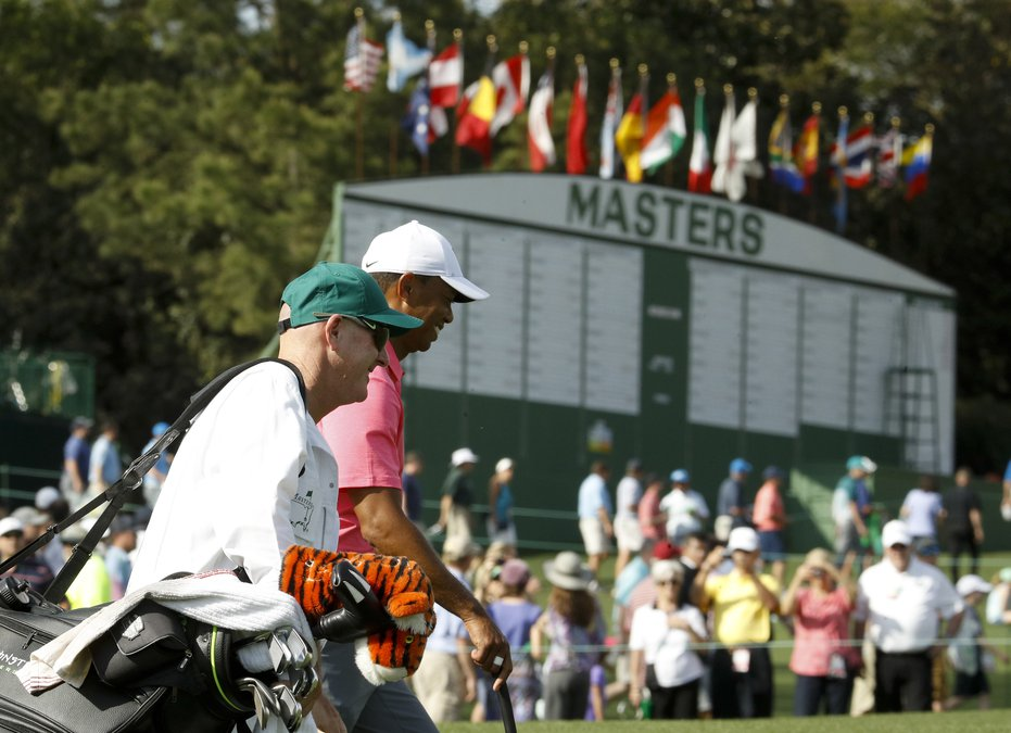 Masters 2018: Packed crowd following Tiger Woods for first ...