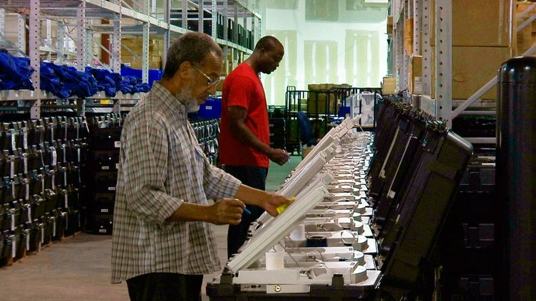 Voting machines.jpg