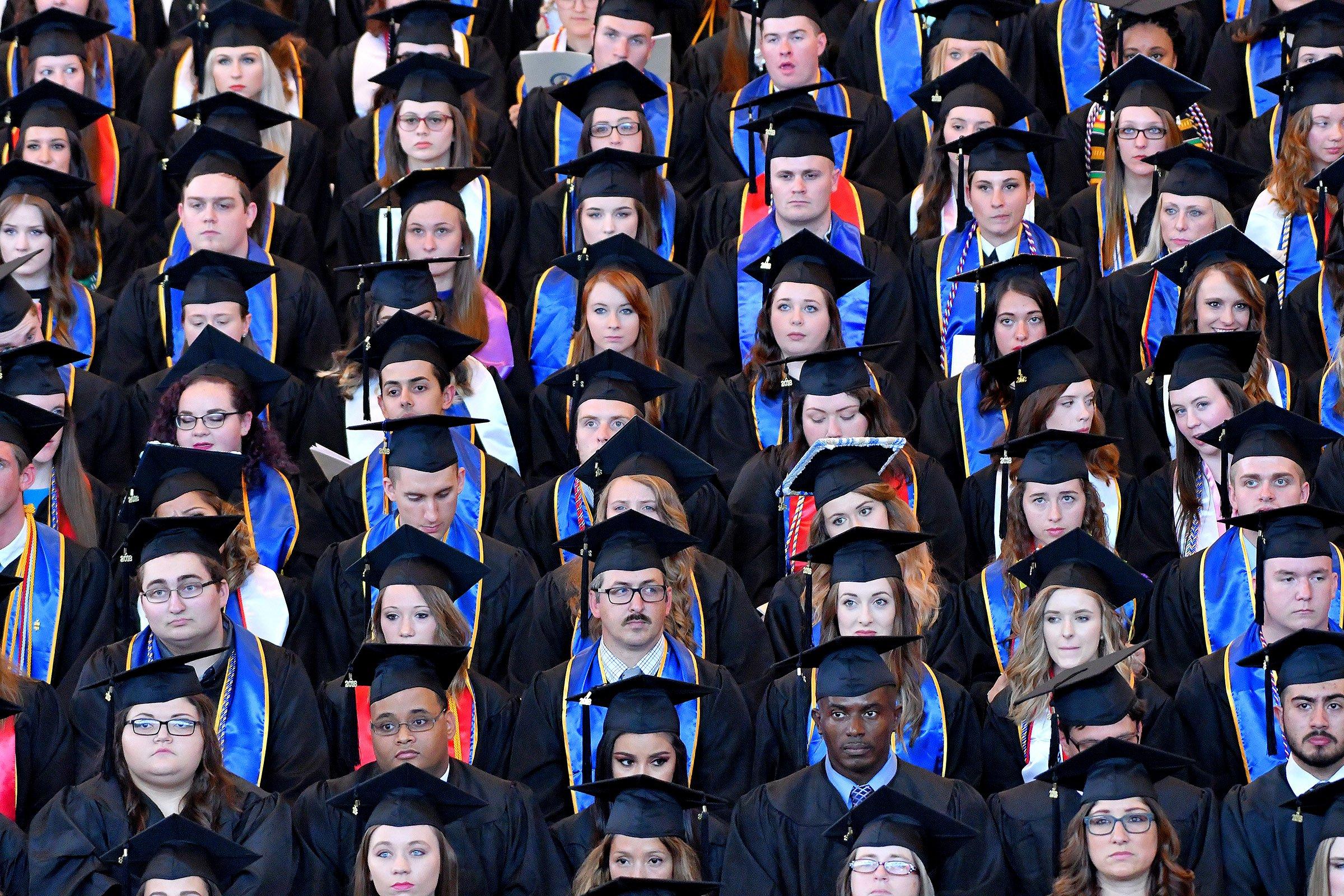 UNG graduates