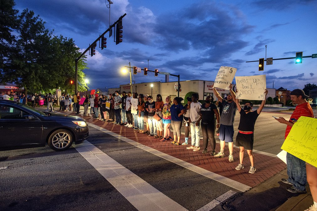 Demonstrators Block Jesse Jewell Fill Gainesville Square On Second Night Of Protests Gainesville Times