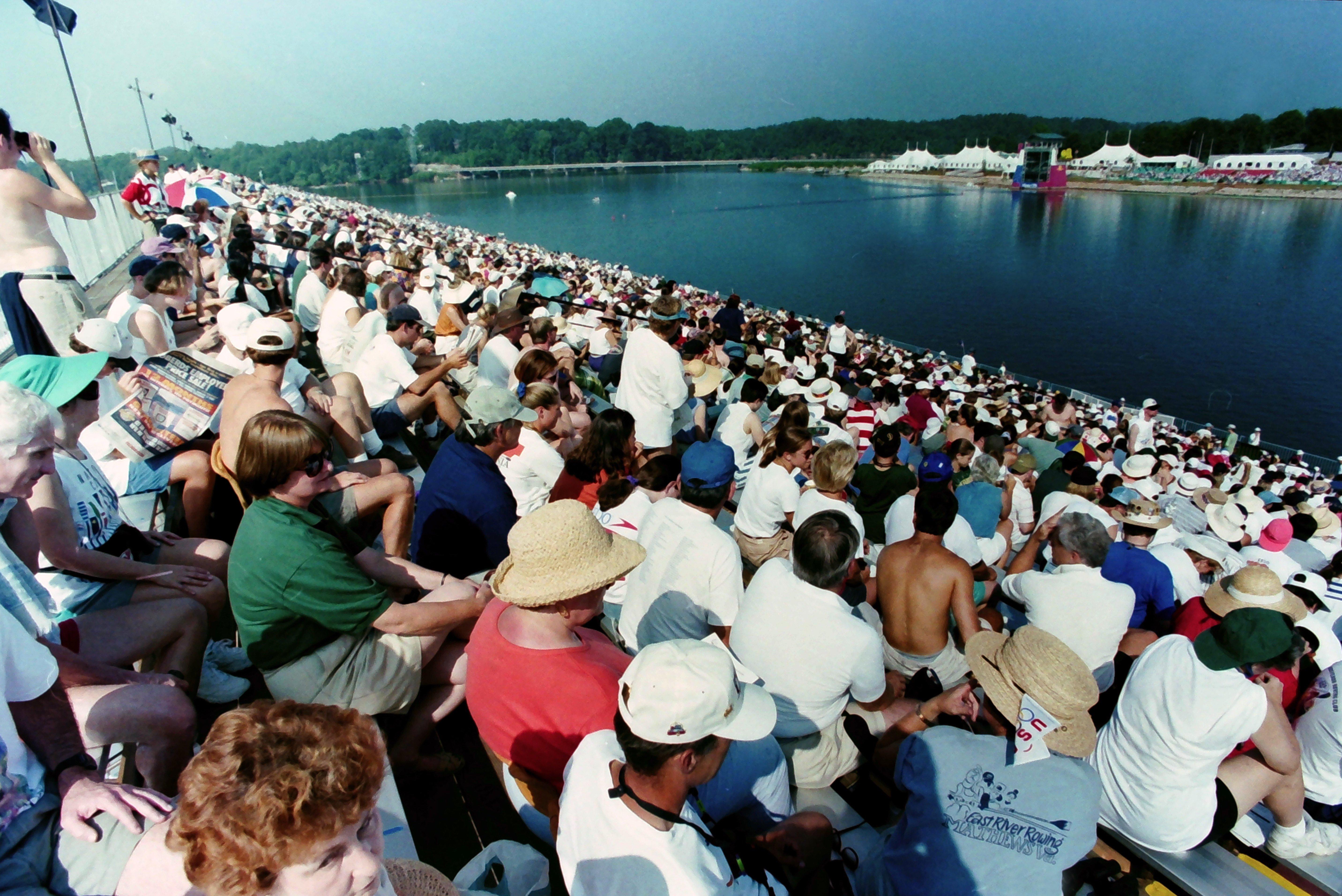1996 crowd 10.jpg