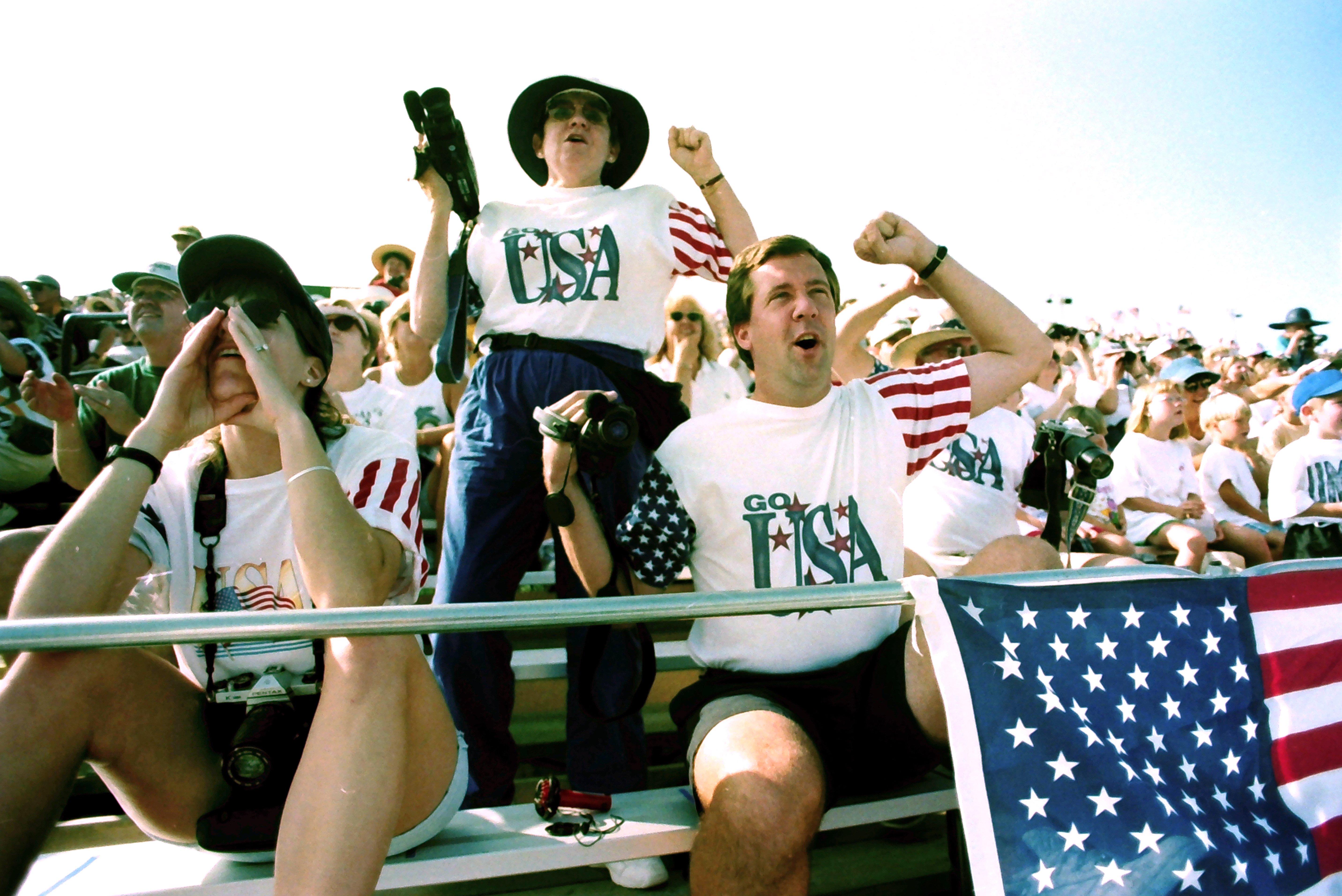 1996 crowd 3.jpg