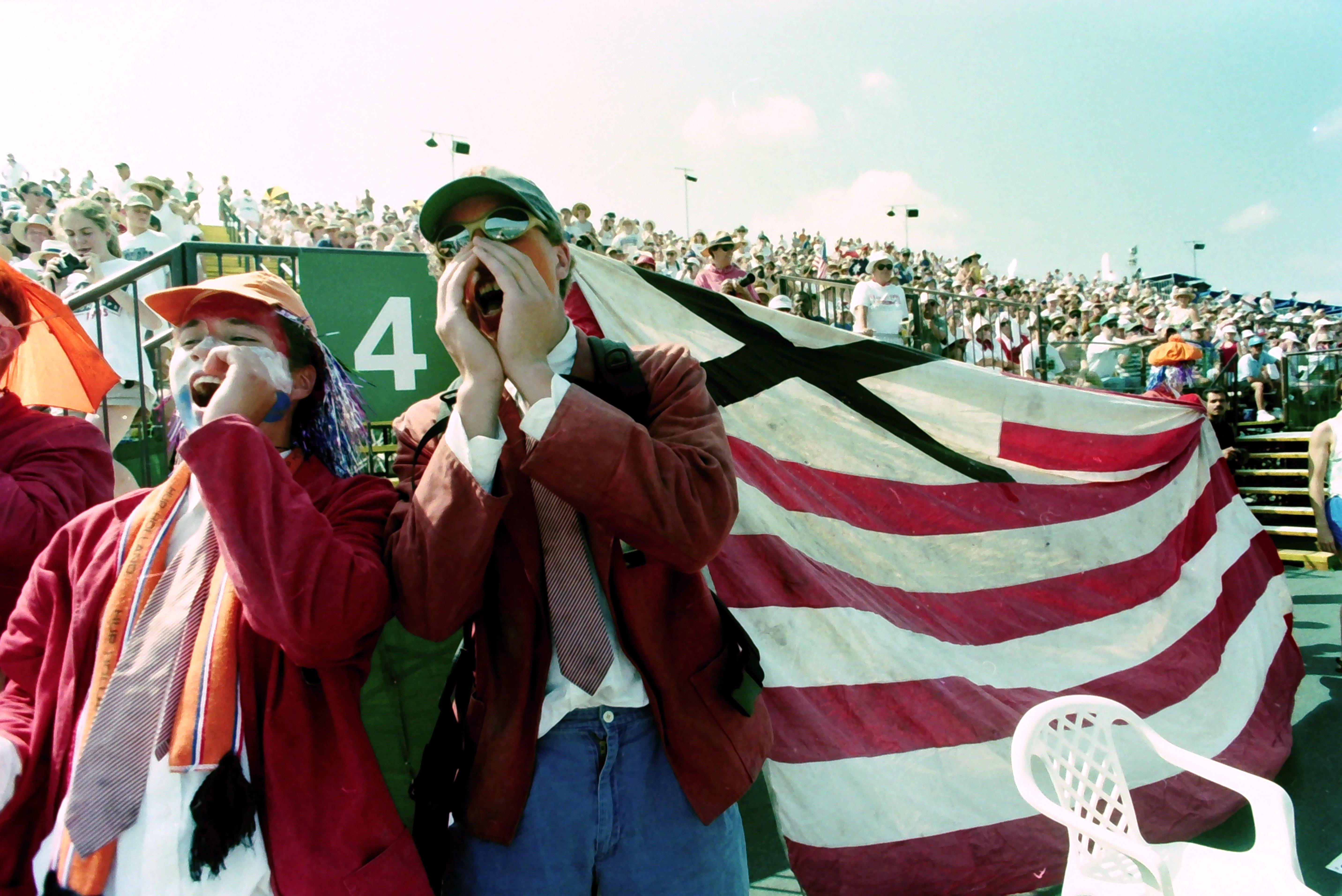 1996 crowd 6.jpg