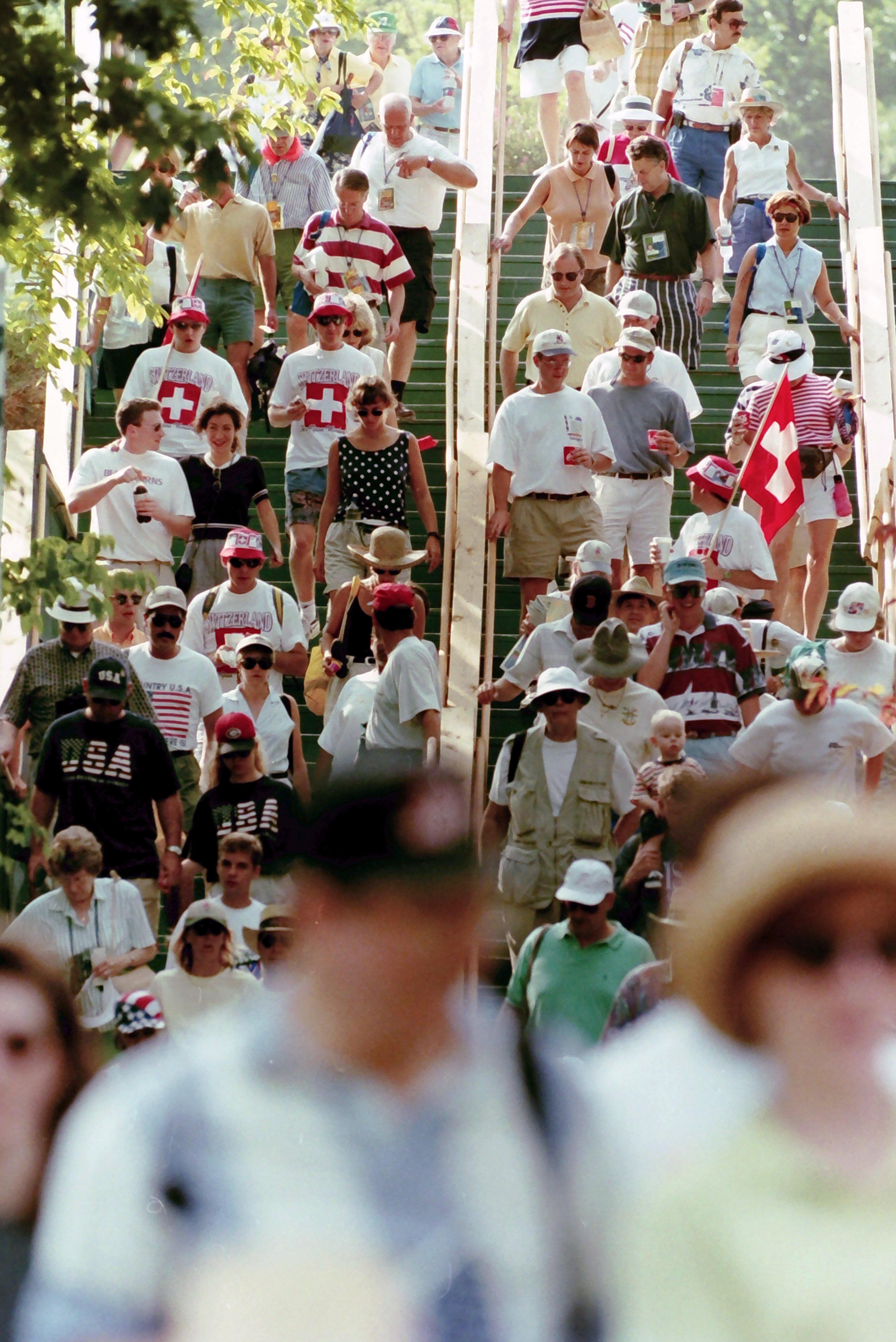 1996 crowd 8.jpg